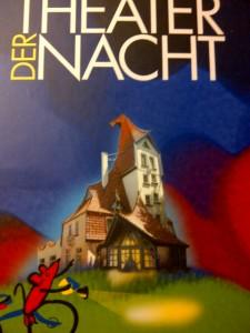 Puppen-Theater-Besuch im verwunschenen Maerchenhaus